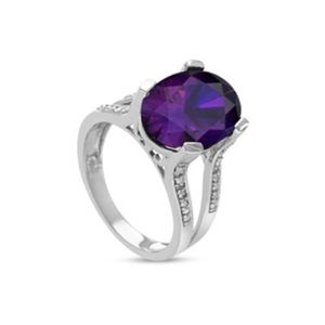SALE!Sterling silver diamond amethyst ring size 7